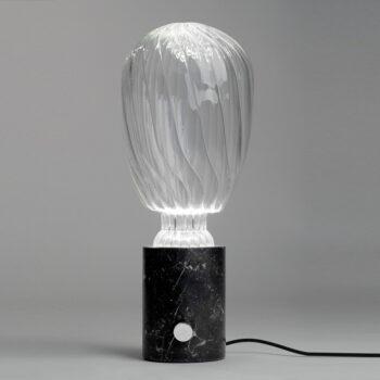 Lámpara de diseño de mármol y soplado de cristal